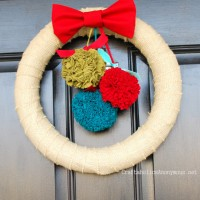 How to Make Fabric Pom Pom Christmas Wreath