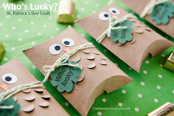 St. Patrick's Day gift idea || Whoooo's lucky? Cutest little owl pillow treat boxes! Tuck gold chocolate coins in the inside for a fun surprise!