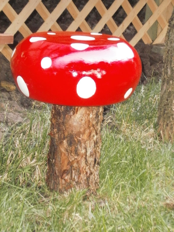 DIY Toadstools
