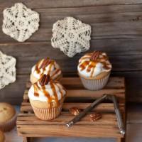 Caramel Vanilla Cupcakes with Pecans