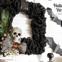 Burlap Halloween Wreath Tutorial + Halloween Mantel