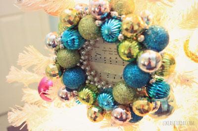 Easy Ornament Frame