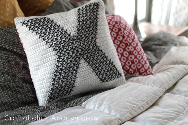 crochet and cross-stitch pillow tutorial