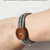 Easy Crochet Bracelet Tutorial