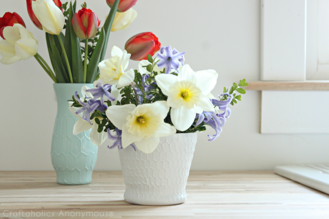DIY haxagon vases. LOVE these! Easy and they look awesome. Click for tutorial.