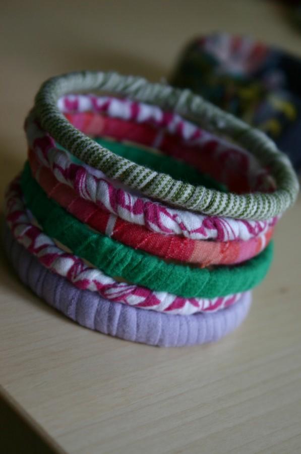 old t-shirt bracelets
