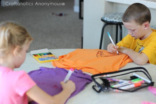 t shirt bag tutorial. Fun kids craft idea + great way to reuse old tees!