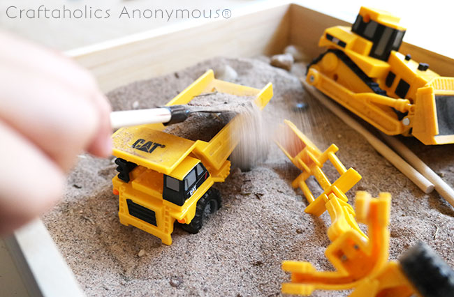 Handmade gift idea for kids: Travel Sandbox. Easy + cheap to make and kids love them!