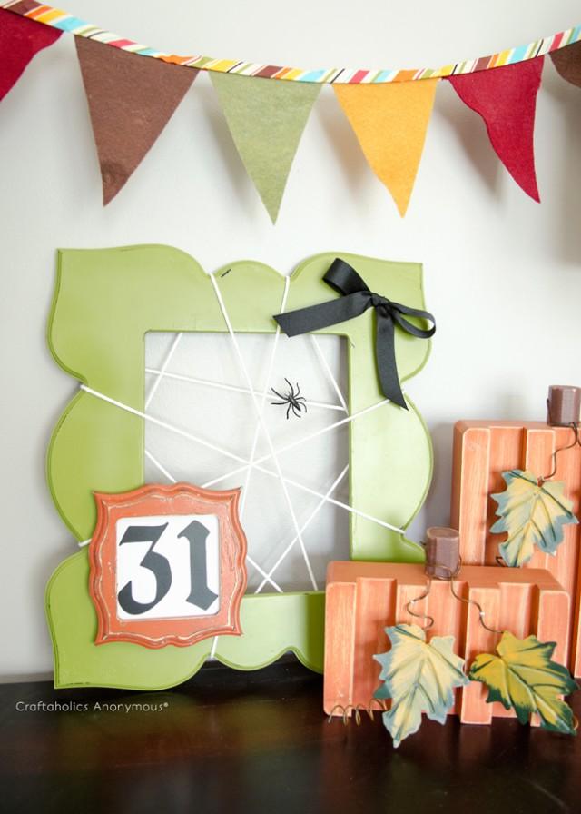 Easy Spider frame. Halloween craft idea