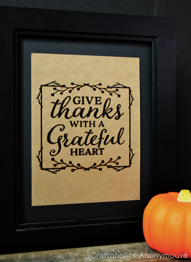 Free printable for thanksgiving. Give Thanks with a Grateful heart. one of my fave Thanksgiving quotes.