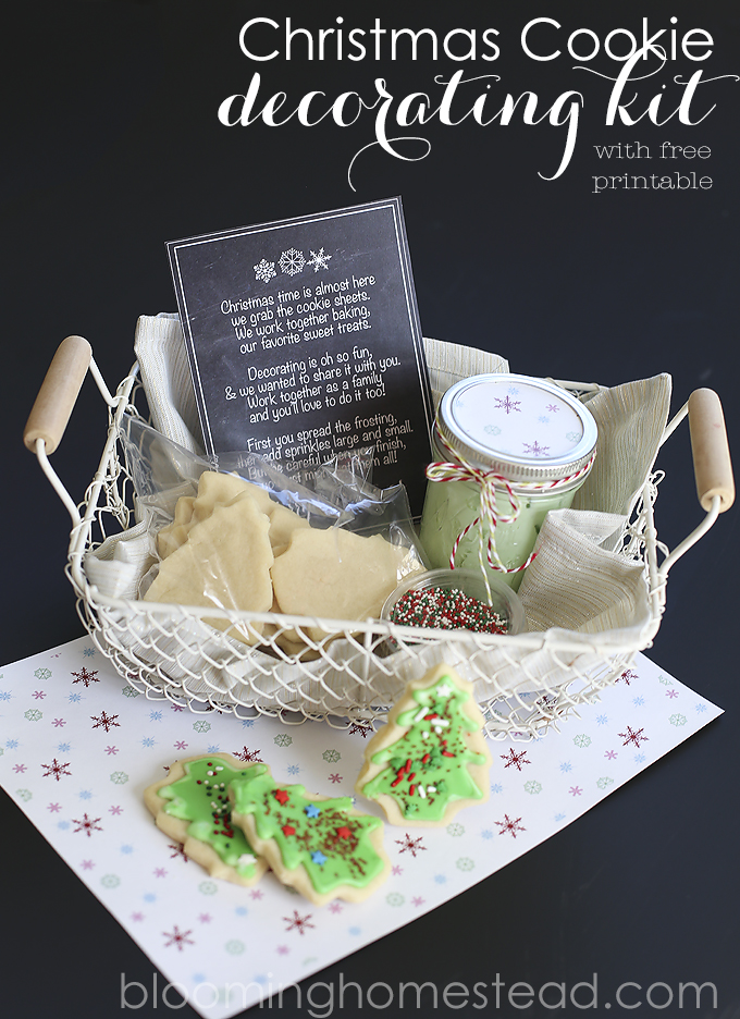 Christmas-Cookie-Decorating-Kit-with-free-printable
