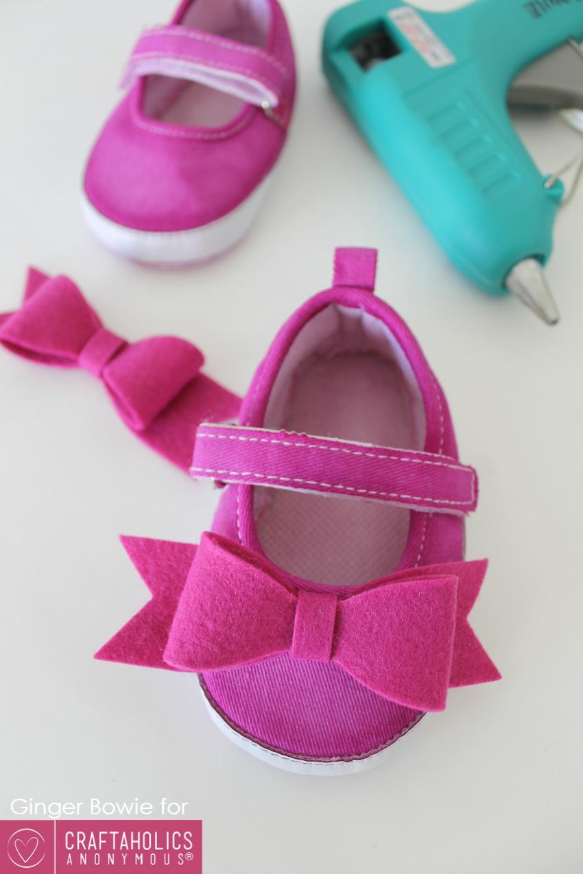 felt baby shoes
