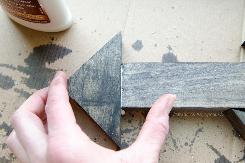 glue-wood-pieces