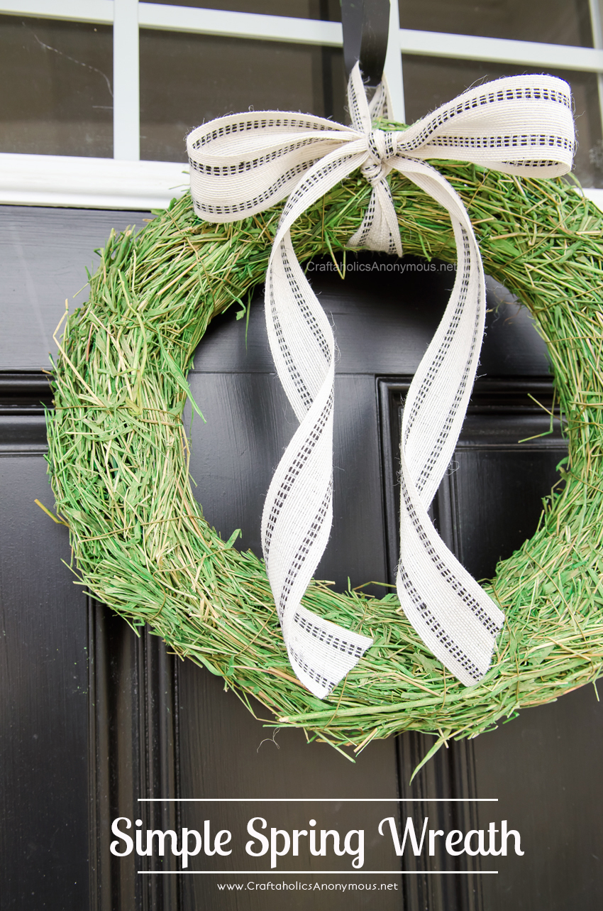 Simple Spring Wreath + ideas on how to make more Spring Wreaths in a matter of minutes. Love the monogram one!