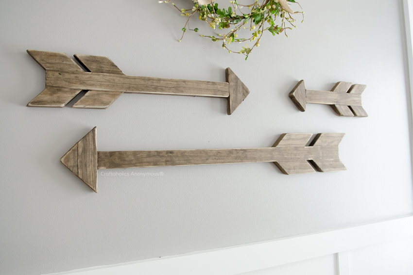 DIY Decor Wood Arrows    Great tutorial with measurements for all 3 arrows