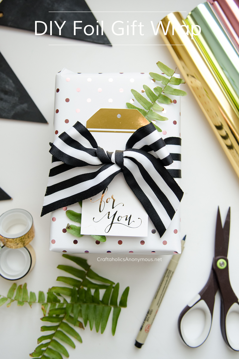 DIY Foil Gift Wrap using the Minc tool || click to learn more