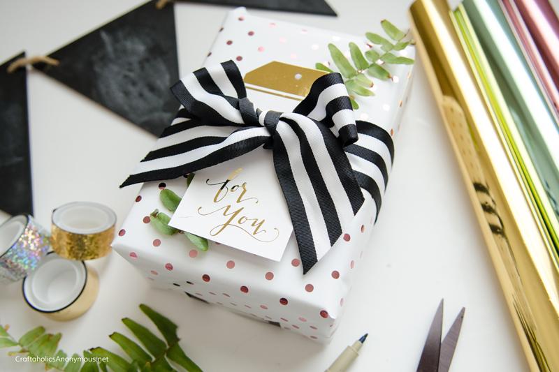 foil-gift-wrap