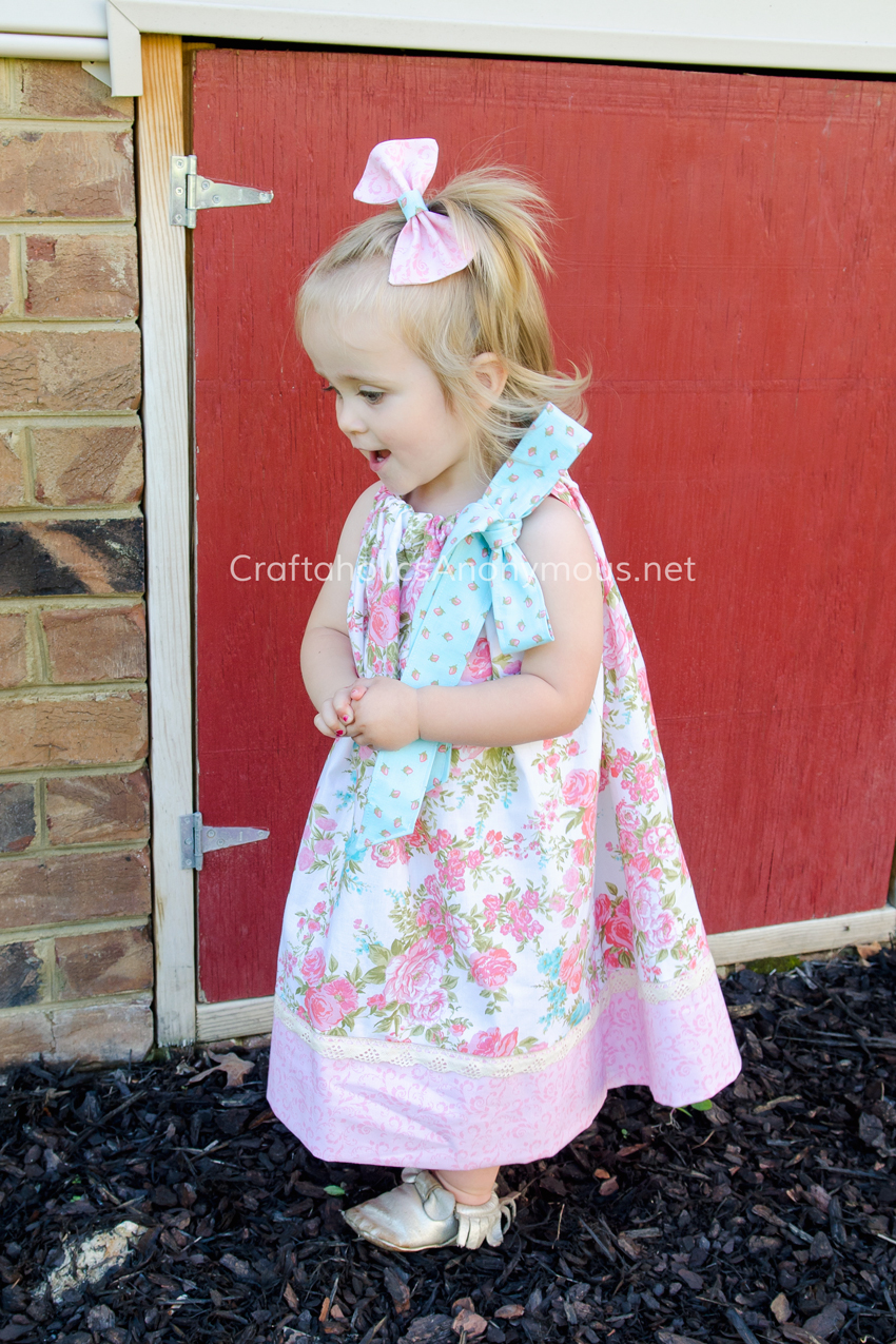 DIY Pillowcase dress || love the lace and big bow!