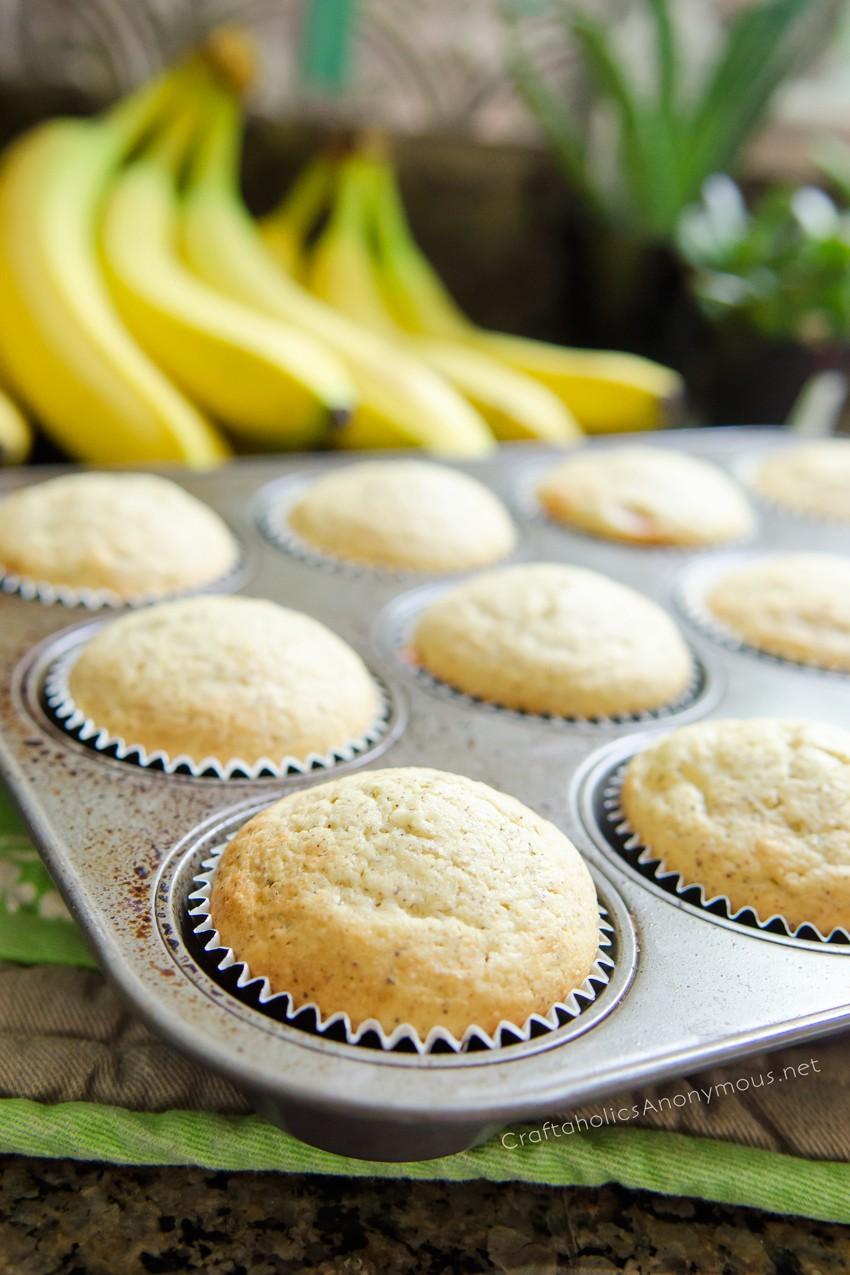 homemade banana muffins