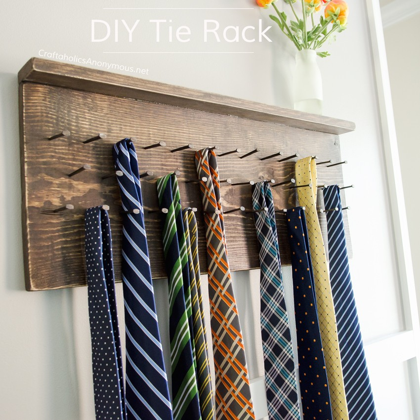 DIY Rustic Tie Rack Tutorial || Awesome handmade Father's Day gift idea!