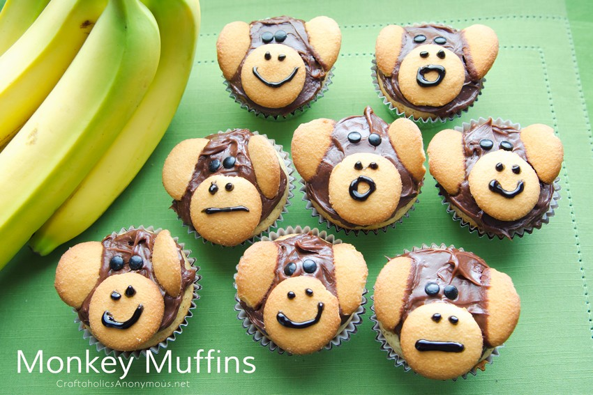 Monkey Muffins || Cute snack idea for preschool or kids of any age for that matter!
