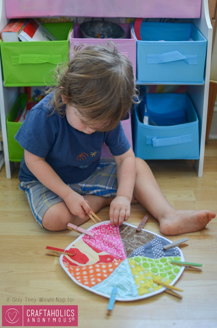 DIY Toddler Color Wheel Matching Game with clothespins on www.CraftaholicsAnonymous.net