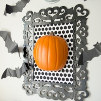 Framed Pumpkin Halloween Decor Tutorial