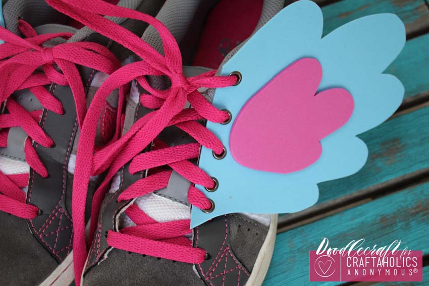 DIY My Little Pony style Shoe Wings tutorial + Free Printable pattern
