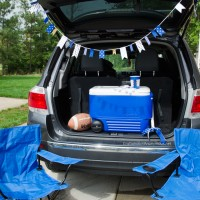 4 Last Minute Crafts for Tailgating