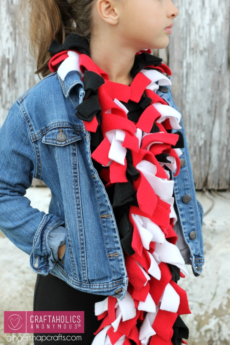 scarf craft ideas craftaholics anonymous 174 easy fleece scarf 2877