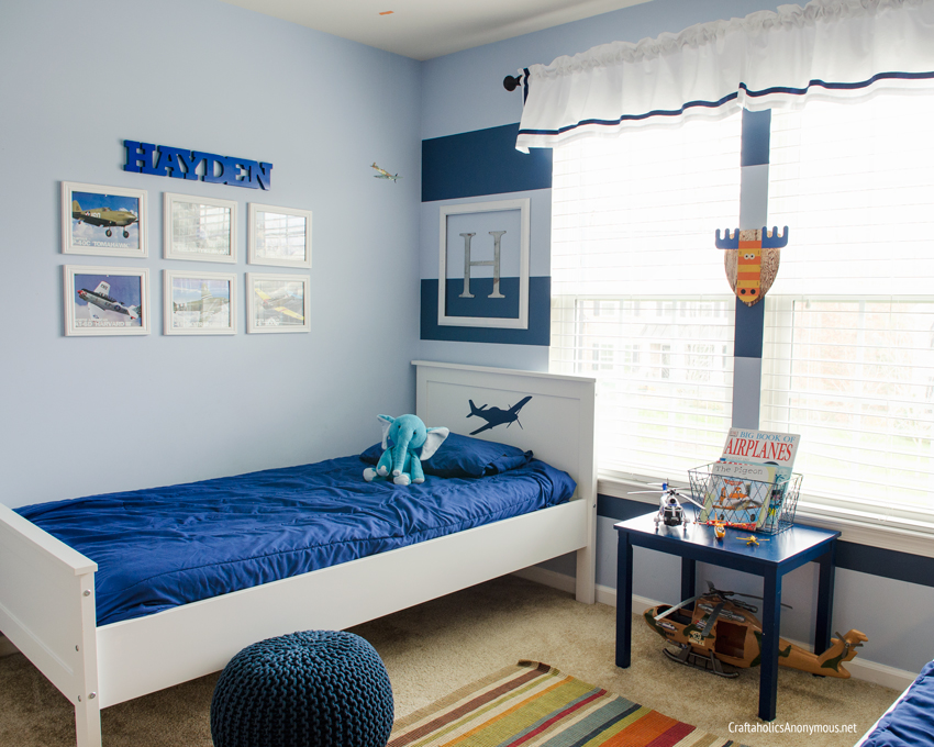 Boy Airplane theme room