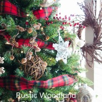 Rustic Marquee Christmas Tree
