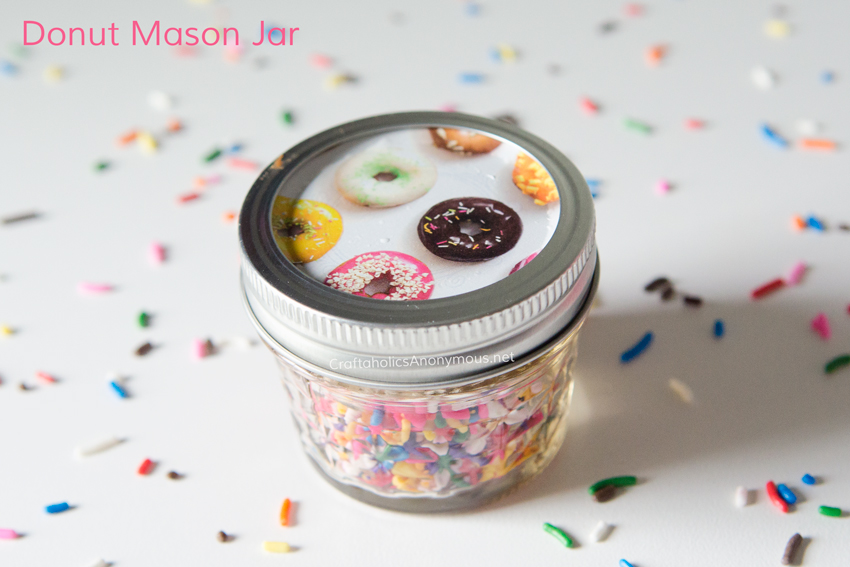 Donut Mason Jar with sprinkles. What's not to love about that combo?? Click to learn how to make your own donut mason jar lid.