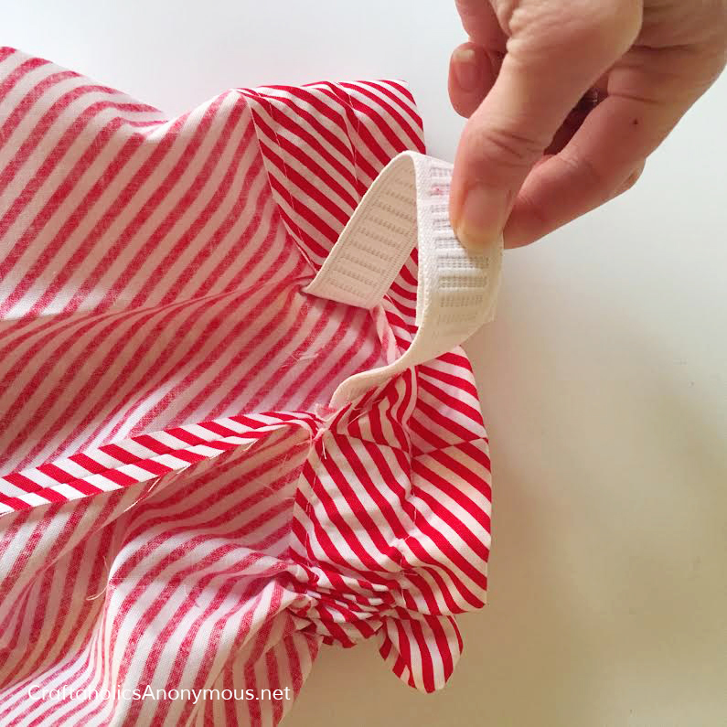 Free Skirt pattern with paper bag waist. So adorable! Make it in about 1 hour.