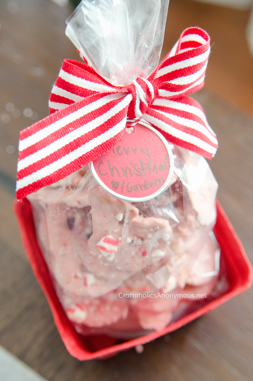 peppermint-pretzels-christmas-gift-idea