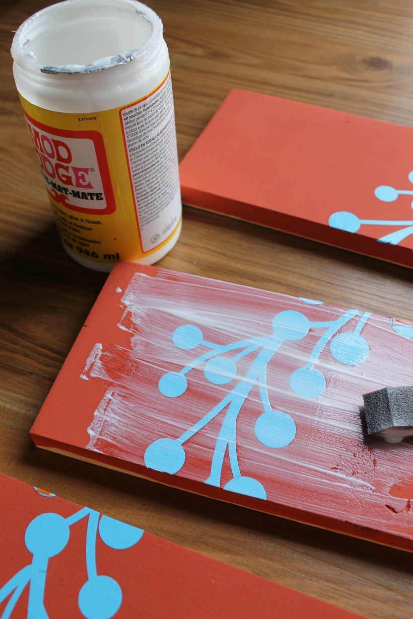how to keep your paint from seeping with mod podge