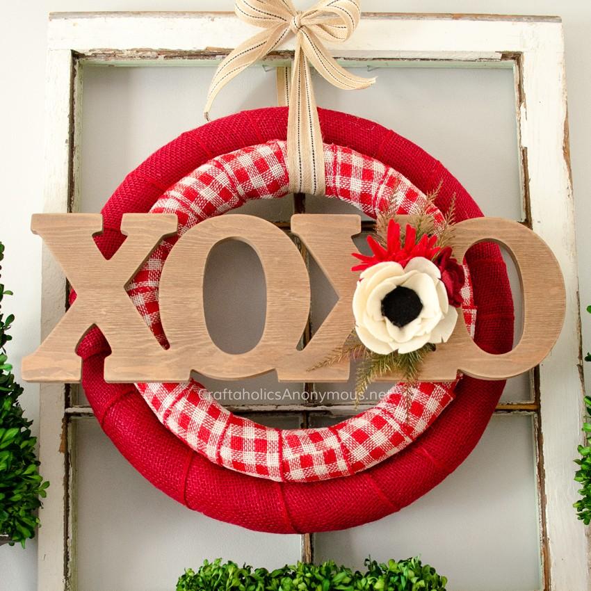 valentine-wreath-sq