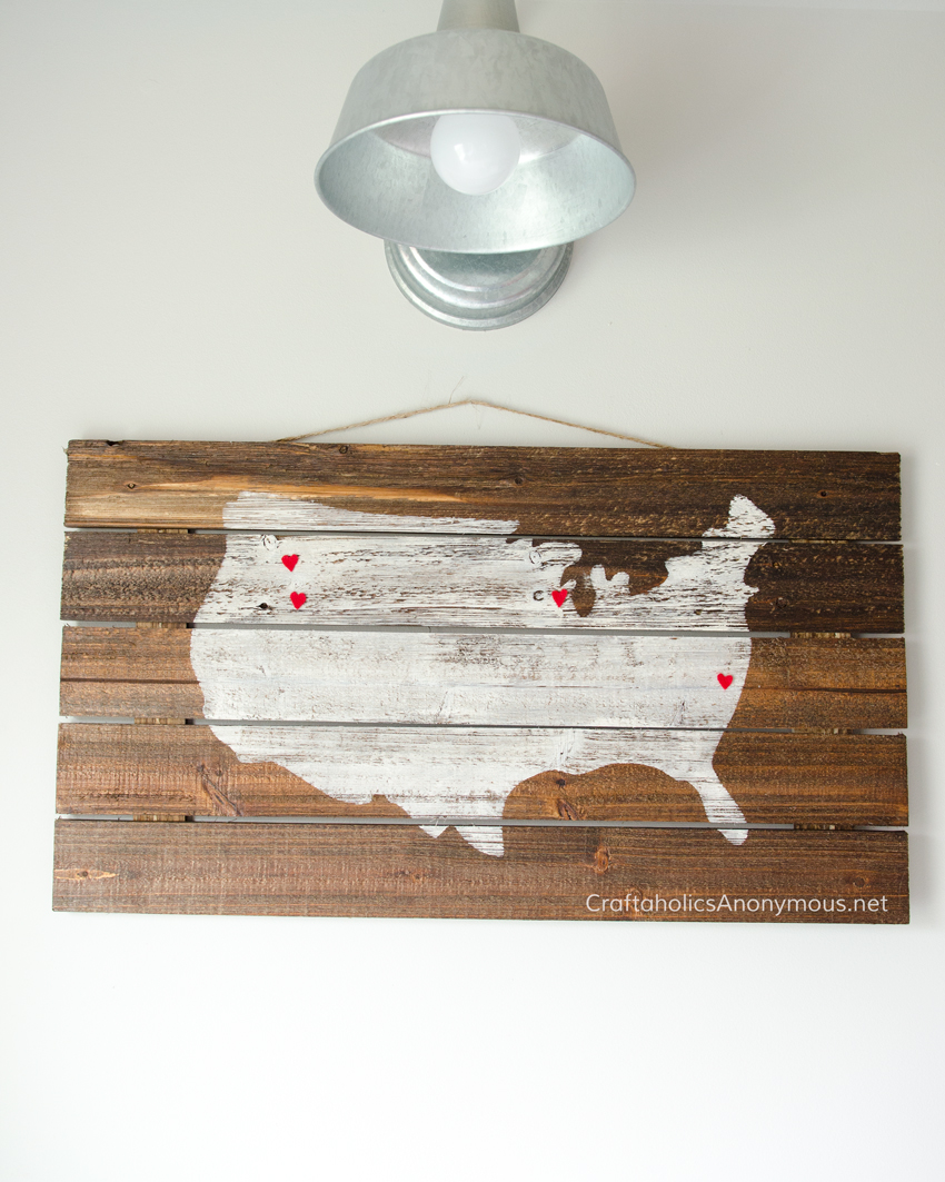 "DIY Pallet Wood Sign || Map of USA || Send to Mom with a card saying, ""You are Loved from All over the Country."" DIY Mother's Day gift idea"