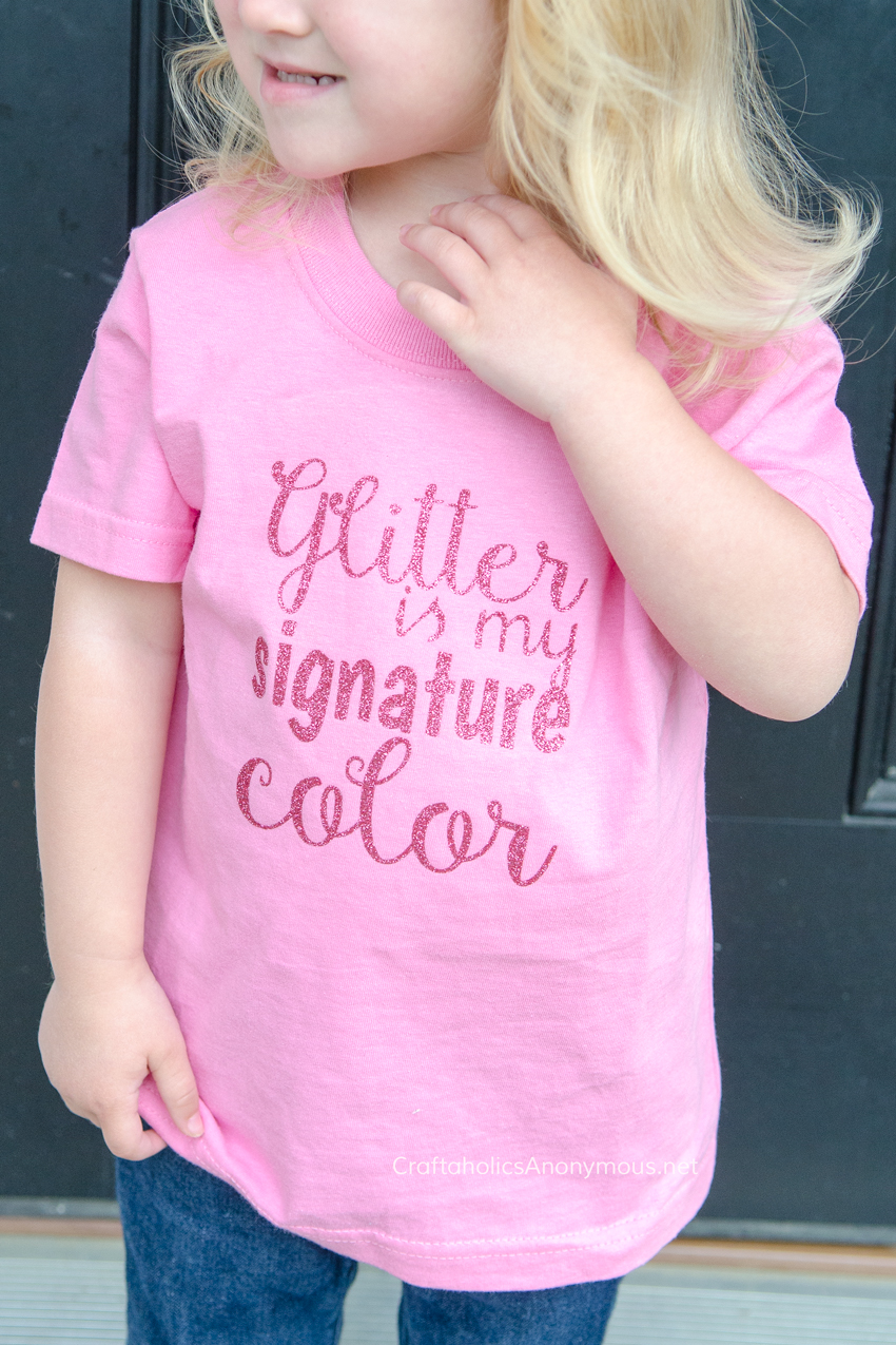 glitter-signature-color-DIY-shirt