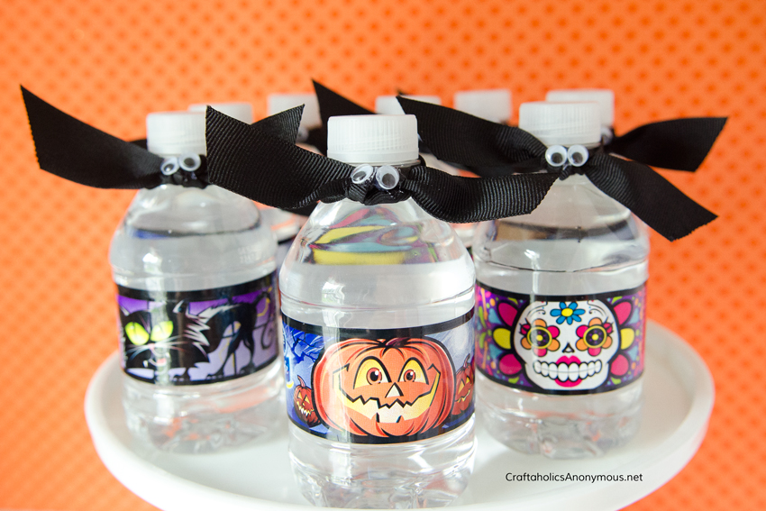 DIY Halloween bottled water craft
