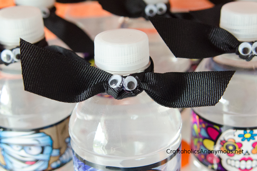 DIY Halloween bottle topper