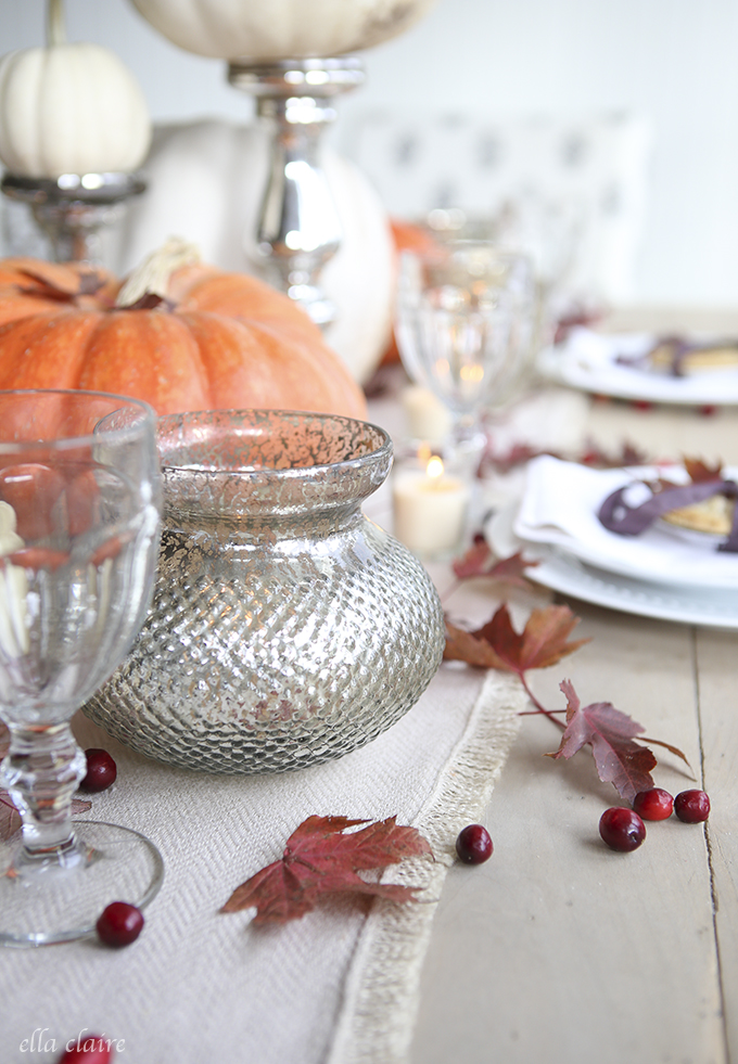 pretty thanksgiving tablescape