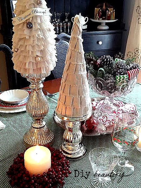 5-christmas-tablescapes-diy-beautify