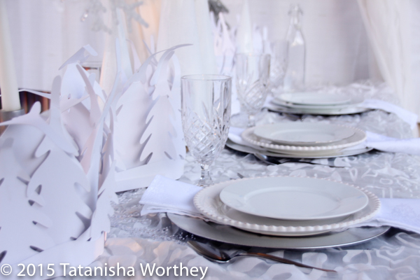 6-christmas-tablescapes-premeditated