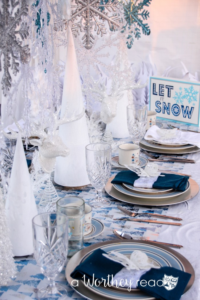 7-christmas-tablescapes-a-worthey-read