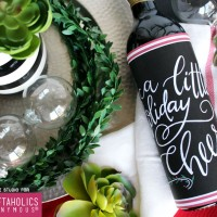 FREE Holiday Printable – A Little Holiday Cheer Bottle Wrap