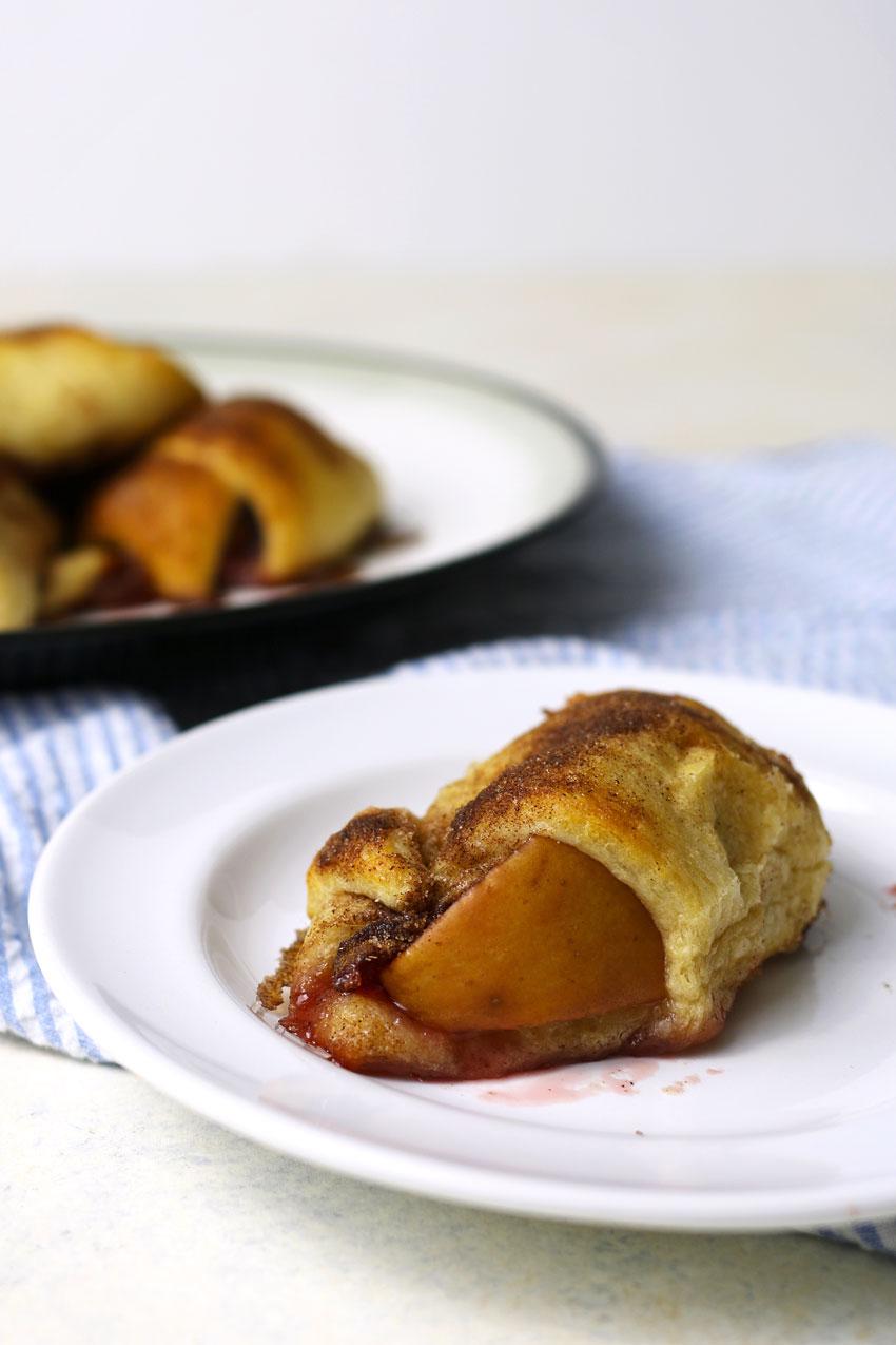apple-cranberry-crescent-roll-3