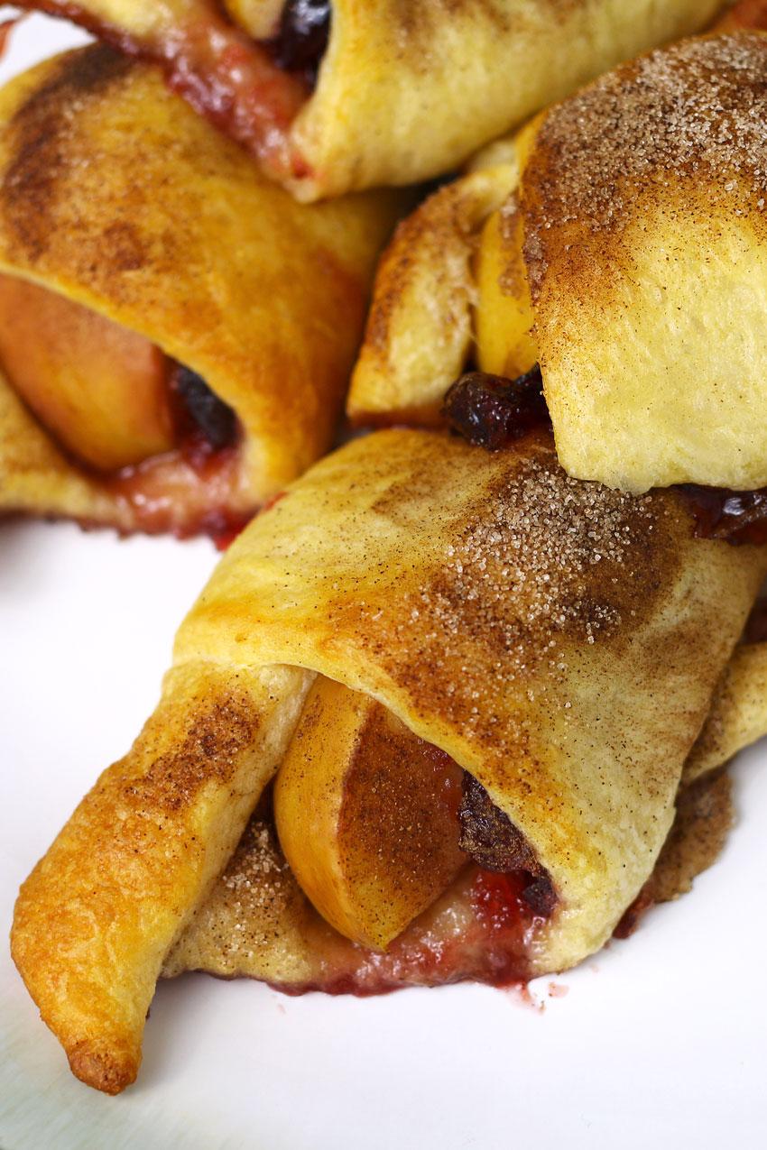 apple-cranberry-crescent-roll-7