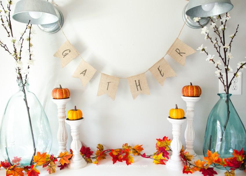 DIY Burlap Gather Banner - Free Printable :: PERFECT for Thanksgiving!