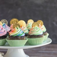 18 St. Patricks Day Cupcakes